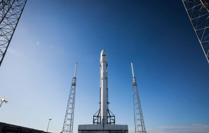 SpaceX Scrubs Mission SES-9 for Third Time in a Week